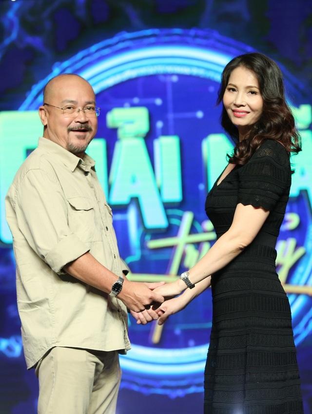 Chuyện tình hơn 20 năm, sắp đám cưới kim cương của diễn viên hài Hoàng Sơn - 1