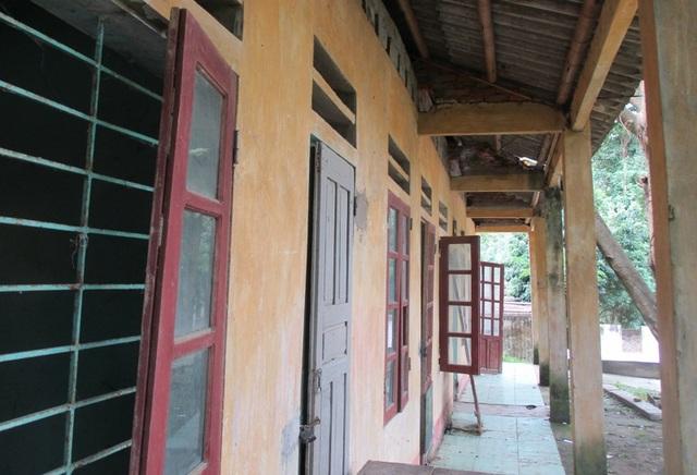 Hơn 160 học sinh đi học nhờ vì thủy điện chưa bồi thường xây trường mới - 1