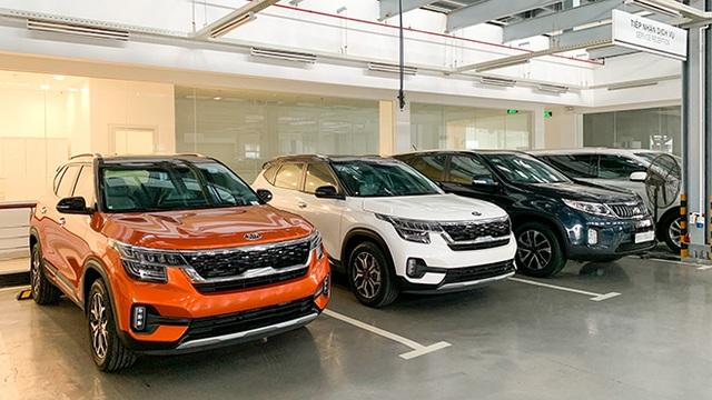 Hàng loạt xe mới ra mắt kèm nhiều ưu đãi, khách Việt mạnh tay sắm ô tô - 1
