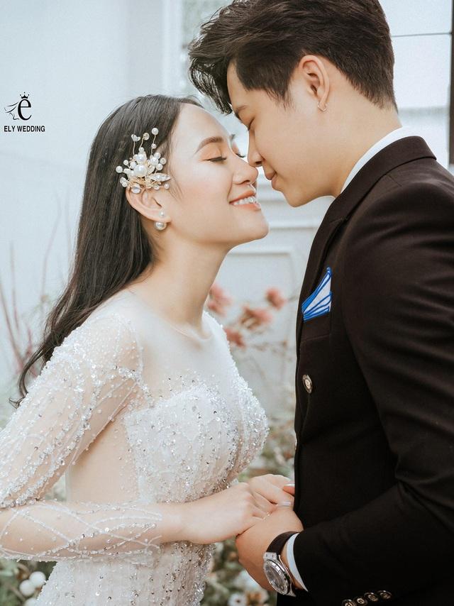 """""""Mỹ nhân kiếm chém"""" Minh Hằng bất ngờ khoe ảnh cưới, chuẩn bị lập gia đình - 11"""