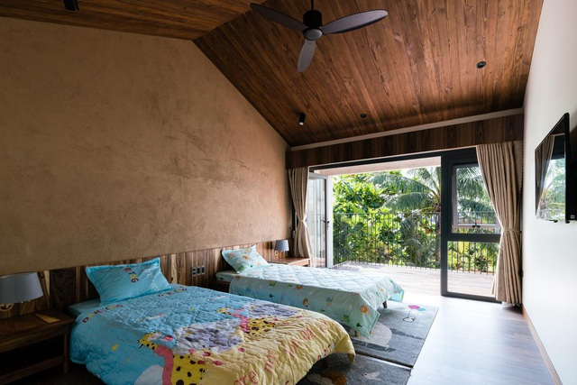 Mê mẩn nhà mái gỗ tuyệt đẹp, có sân thượng xanh mướt đủ loại cây ở Vũng Tàu - 8