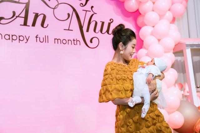 Sao mai Nguyễn Thu Hằng bất ngờ công bố đã sinh con dù chưa đám cưới - 6