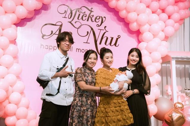Sao mai Nguyễn Thu Hằng bất ngờ công bố đã sinh con dù chưa đám cưới - 5
