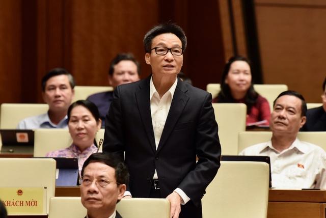Thay Chủ tịch Hội đồng thẩm định sách giáo khoa tiếng Việt lớp 1 - 1