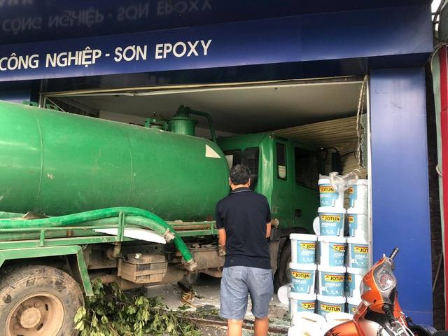 Hà Nội: Truy tìm tài xế xe tải gây tai nạn khiến một phụ nữ tử vong - 2