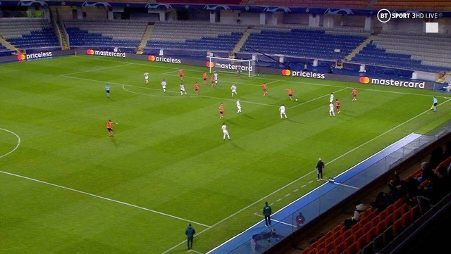 Các cầu thủ Man Utd thi đấu như những đứa trẻ 10 tuổi - 1