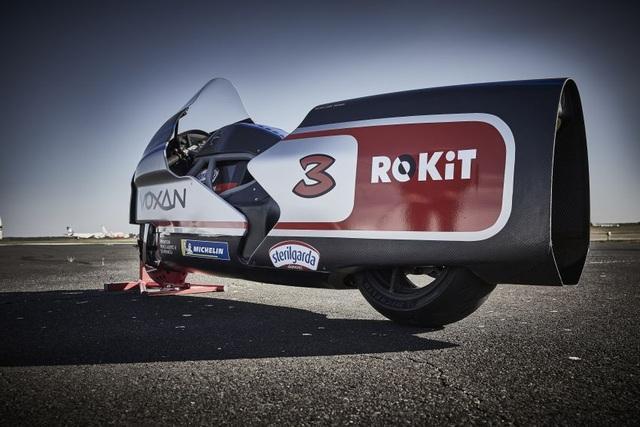 Bàng hoàng kỷ lục tốc độ 336,94 km/h xe máy điện vừa thiết lập - 4