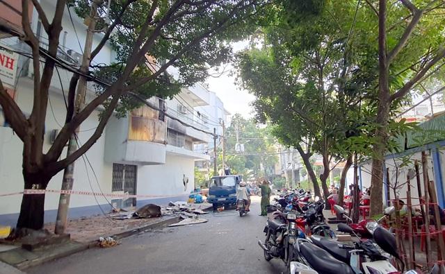 6 người kẹt trong căn nhà 5 tầng cháy ngùn ngụt ở Sài Gòn - 4