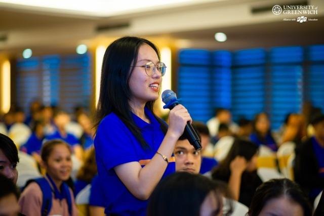 """500 sinh viên Đà Nẵng được """"tiếp lửa"""" ước mơ từ CEO FPT - 3"""