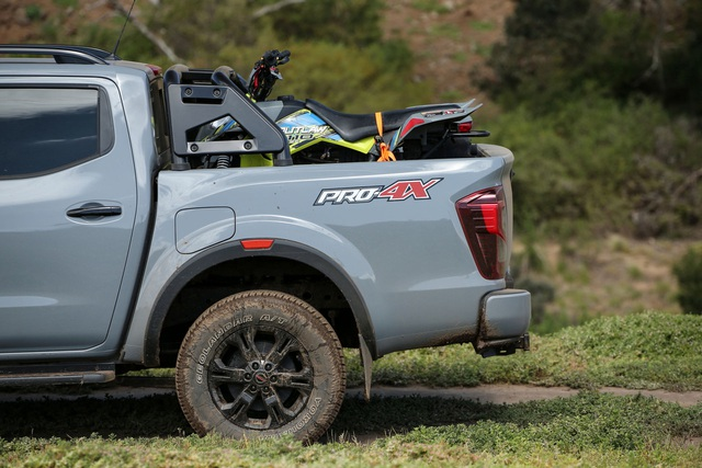 Nissan Navara 2021 xuất kích, sẵn sàng đấu với Ford Ranger - 30