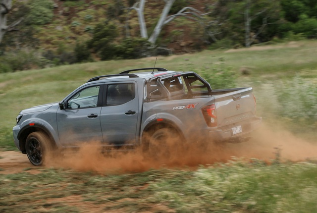 Nissan Navara 2021 xuất kích, sẵn sàng đấu với Ford Ranger - 14