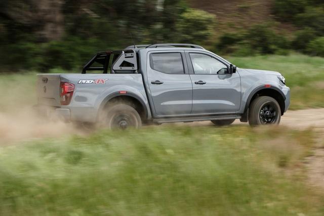 Nissan Navara 2021 xuất kích, sẵn sàng đấu với Ford Ranger - 22