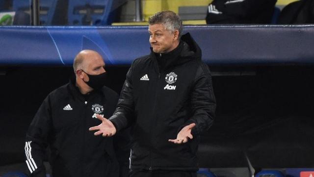 Man Utd thua sốc ở Champions League: Mông lung như một trò đùa - 4