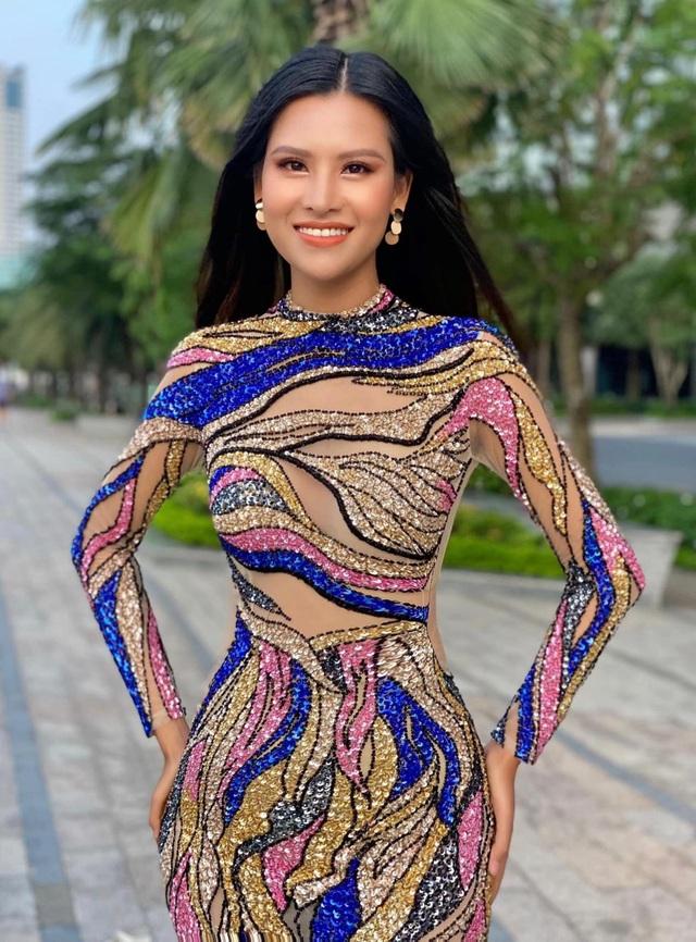 Thái Thị Hoa khoe dáng trong phần thi hình thể tại Hoa hậu Trái Đất - 4