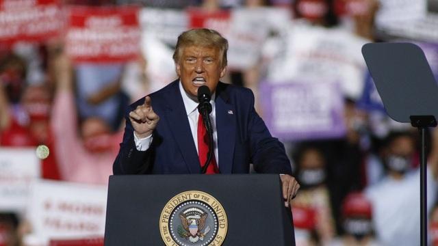 Ông Trump lập kỷ lục quyên tiền cho nỗ lực đảo ngược kết quả bầu cử - 1