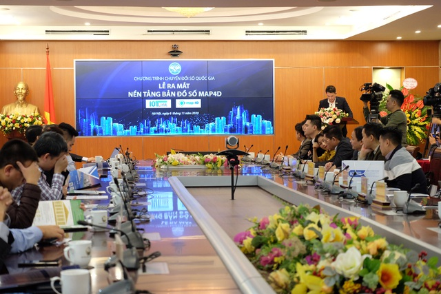 Bộ TTTT ra mắt ứng dụng bản đồ số 4D 'thuần Việt' đầu tiên tại Việt Nam - 1