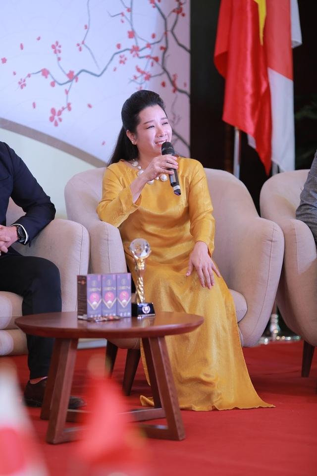 Thanh Thanh Hiền - U50 vẫn giữ được sự dẻo dai - 1