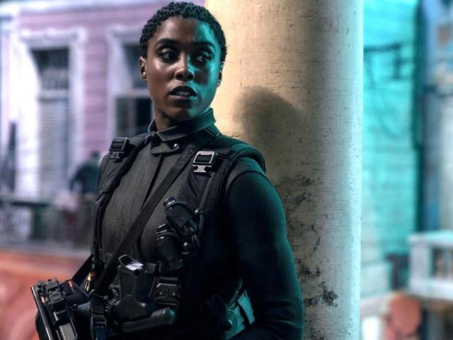 Nữ diễn viên da màu vào vai điệp viên 007 bình thản đối diện chỉ trích - 2