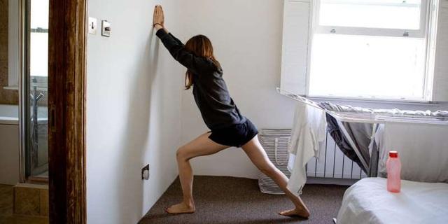 6 bài tập kéo giãn và tăng sức mạnh để giảm đau đầu gối - 1