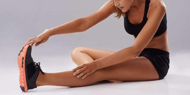 6 bài tập kéo giãn và tăng sức mạnh để giảm đau đầu gối - 3