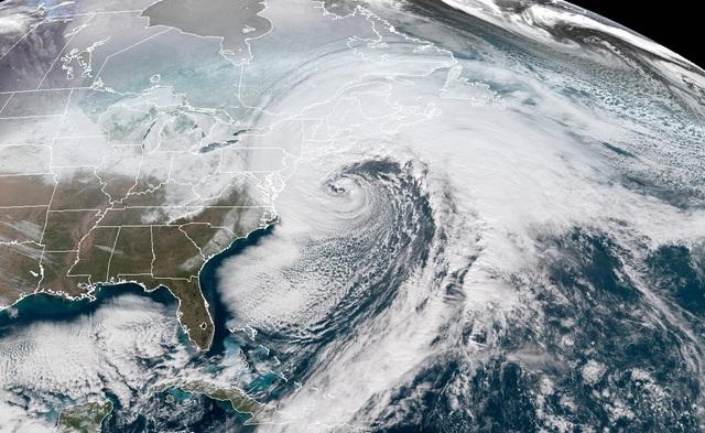 Bạn có biết: Bom thời tiết là gì và sức công phá của nó như thế nào? - 1