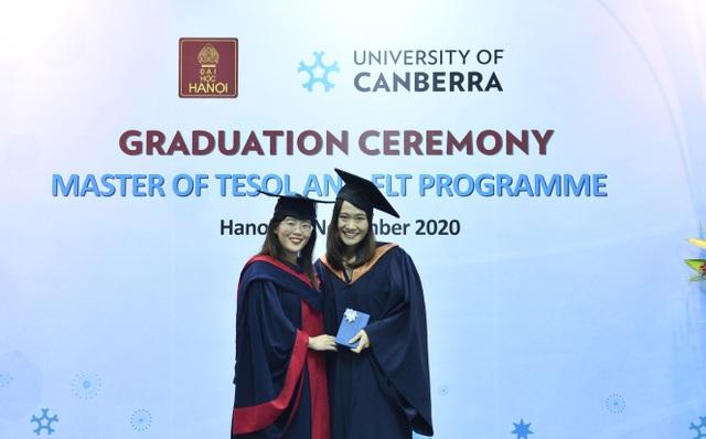 29 thạc sĩ đầu tiên chuyên ngành tiếng Anh được Đại học Canberra cấp bằng - 4