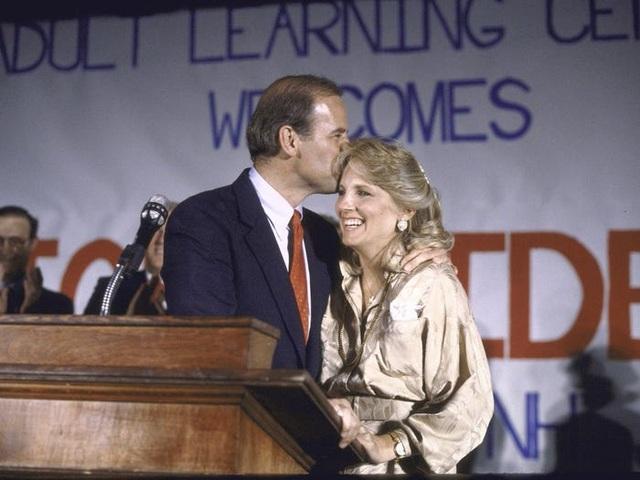 Chân dung người vợ mà ông Biden từng 5 lần cầu hôn  - 7