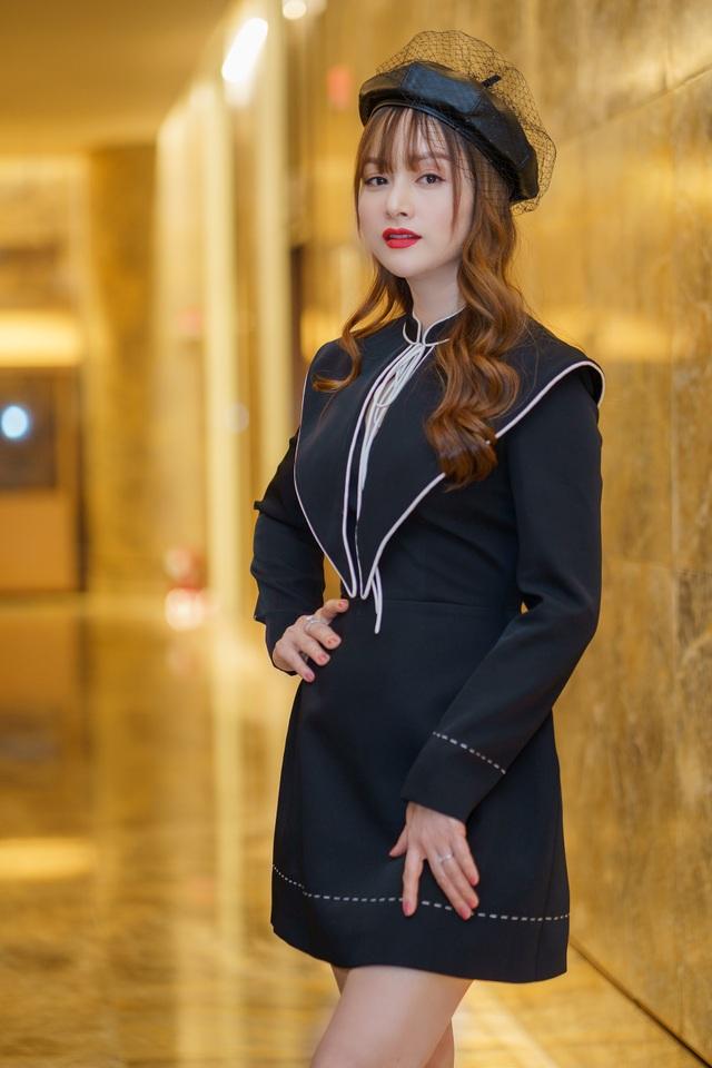 """Lan Phương: """"Tôi sẽ không ứng xử với anti-fan như Hương Giang"""" - 1"""