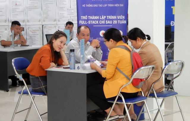 """Đà Nẵng: Cuối năm, doanh nghiệp """"đỏ mắt"""" tìm lao động - 2"""