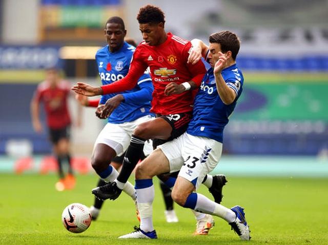 Everton 1-3 Man Utd: Dấu ấn nổi bật của Fernandes - 13