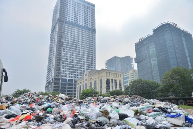 Người dân nội thành không nuốt nổi cơm vì mùi rác thải - 3