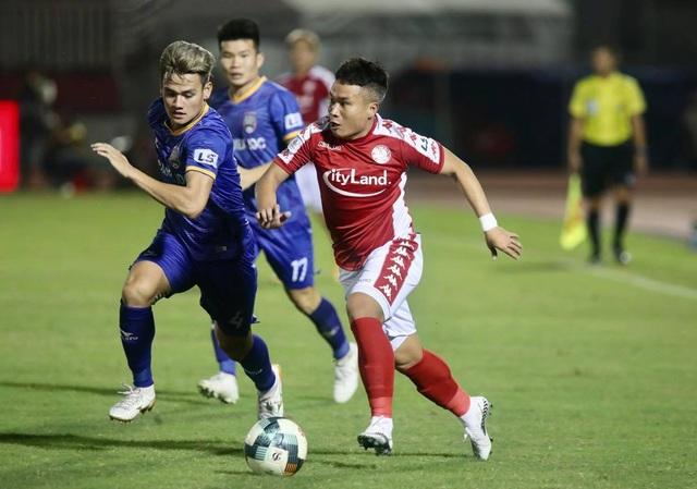 Phản ứng của các đội bóng về thể thức thi đấu V-League 2021 - 1