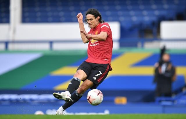 Bruno Fernandes lý giải hành động nhường Cavani ghi bàn - 2