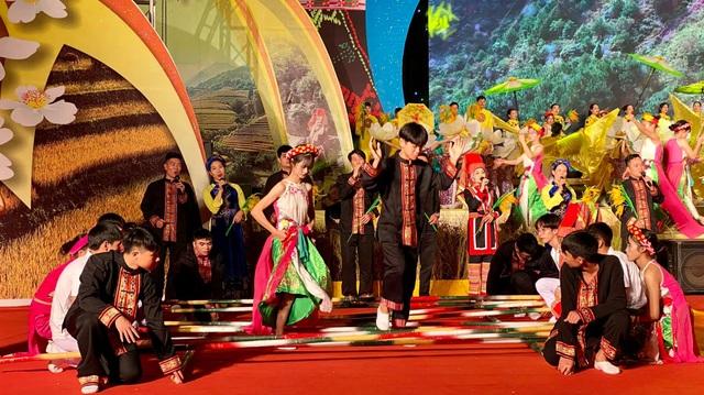 Rộn ràng Tuần Văn hóa - Du lịch và lễ khai Hội Mùa vàng Bình Liêu 2020 - 3