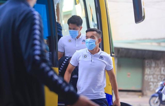 Thắng đậm Than Quảng Ninh, CLB Hà Nội về nhì tại V-League 2020 - 21