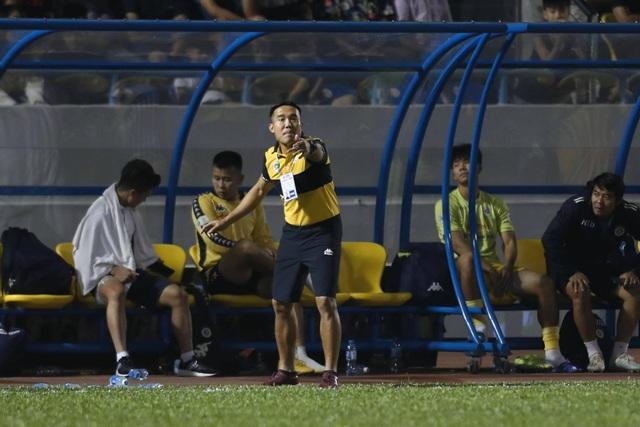 Thắng đậm Than Quảng Ninh, CLB Hà Nội về nhì tại V-League 2020 - 9