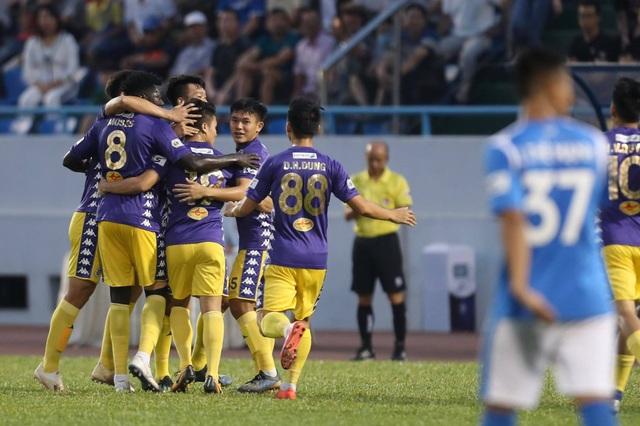 Thắng đậm Than Quảng Ninh, CLB Hà Nội về nhì tại V-League 2020 - 17