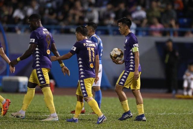 Thắng đậm Than Quảng Ninh, CLB Hà Nội về nhì tại V-League 2020 - 12