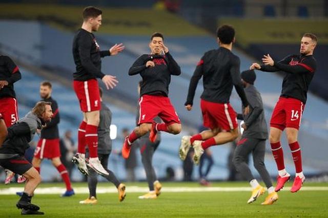 Man City 1-1 Liverpool: De Bruyne đá hỏng phạt đền - 17