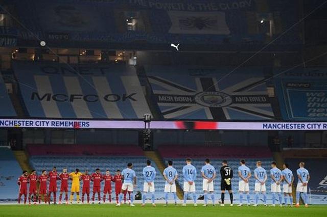 Man City 1-1 Liverpool: De Bruyne đá hỏng phạt đền - 16