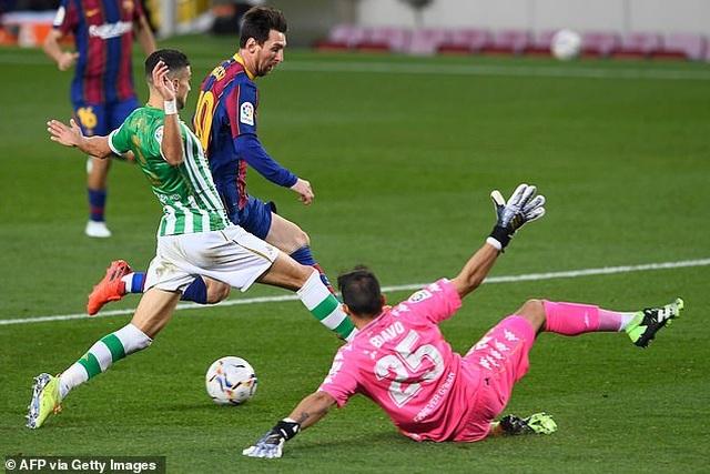 Messi lập cú đúp, Barcelona thắng đậm Real Betis - 9