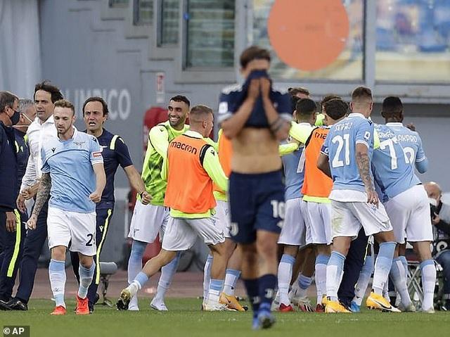 C.Ronaldo lập công, Juventus vẫn rơi điểm đau đớn phút cuối - 6