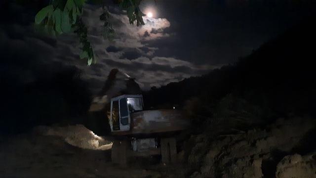 Nỗ lực thông đường vào vùng bị cô lập ở Phước Sơn - 5