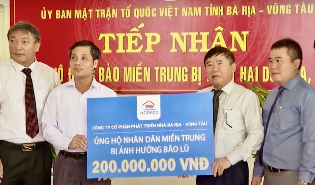 Bà Rịa - Vũng Tàu vận động 38 tỷ đồng ủng hộ đồng bào miền Trung - 1