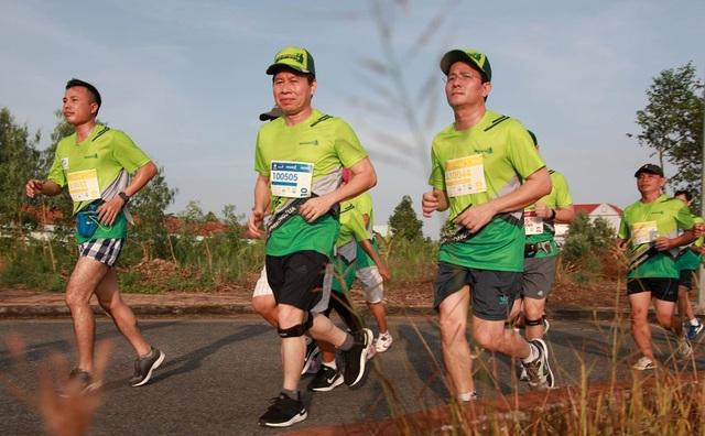 """Hơn 7000 vận động viên tham gia giải """"Mekong Delta Marathon"""" - 2"""