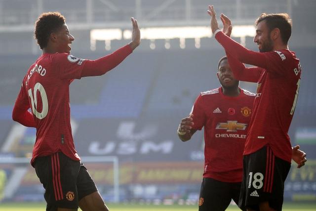 Những khoảnh khắc Man Utd vượt ải Goodison Park - 16