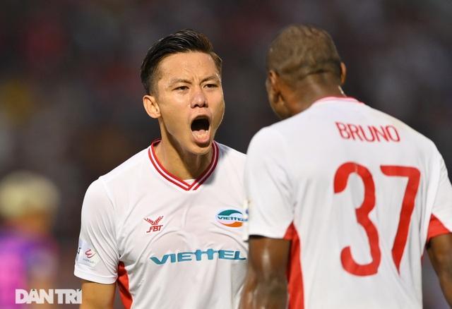 Đánh bại Sài Gòn FC, CLB Viettel vô địch V-League 2020 - 15