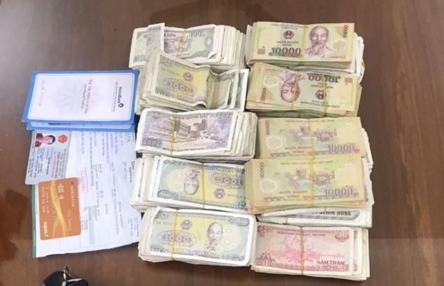 Vừa ra tù lại vào chùa trộm tài sản gần1 tỷ đồng - 2