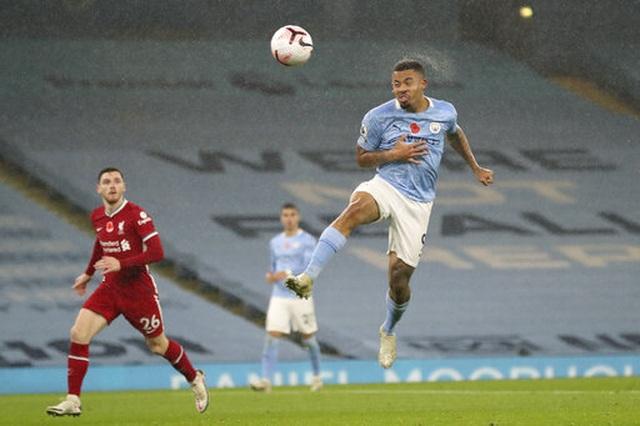 Man City 1-1 Liverpool: De Bruyne đá hỏng phạt đền - 6