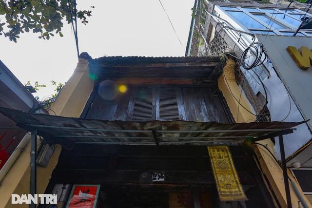 """Căn nhà cổ trăm tuổi làm từ gỗ lim, có kiến trúc """"độc nhất"""" phố cổ Hà Nội - 4"""